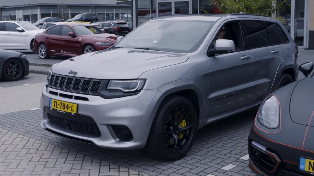 2018 Trackhawk Jeep >> [VIDEO] Enzo Knol koopt 707 pk sterke Jeep Trackhawk t.w.v. €239.142,- | Hartvoorautos.nl