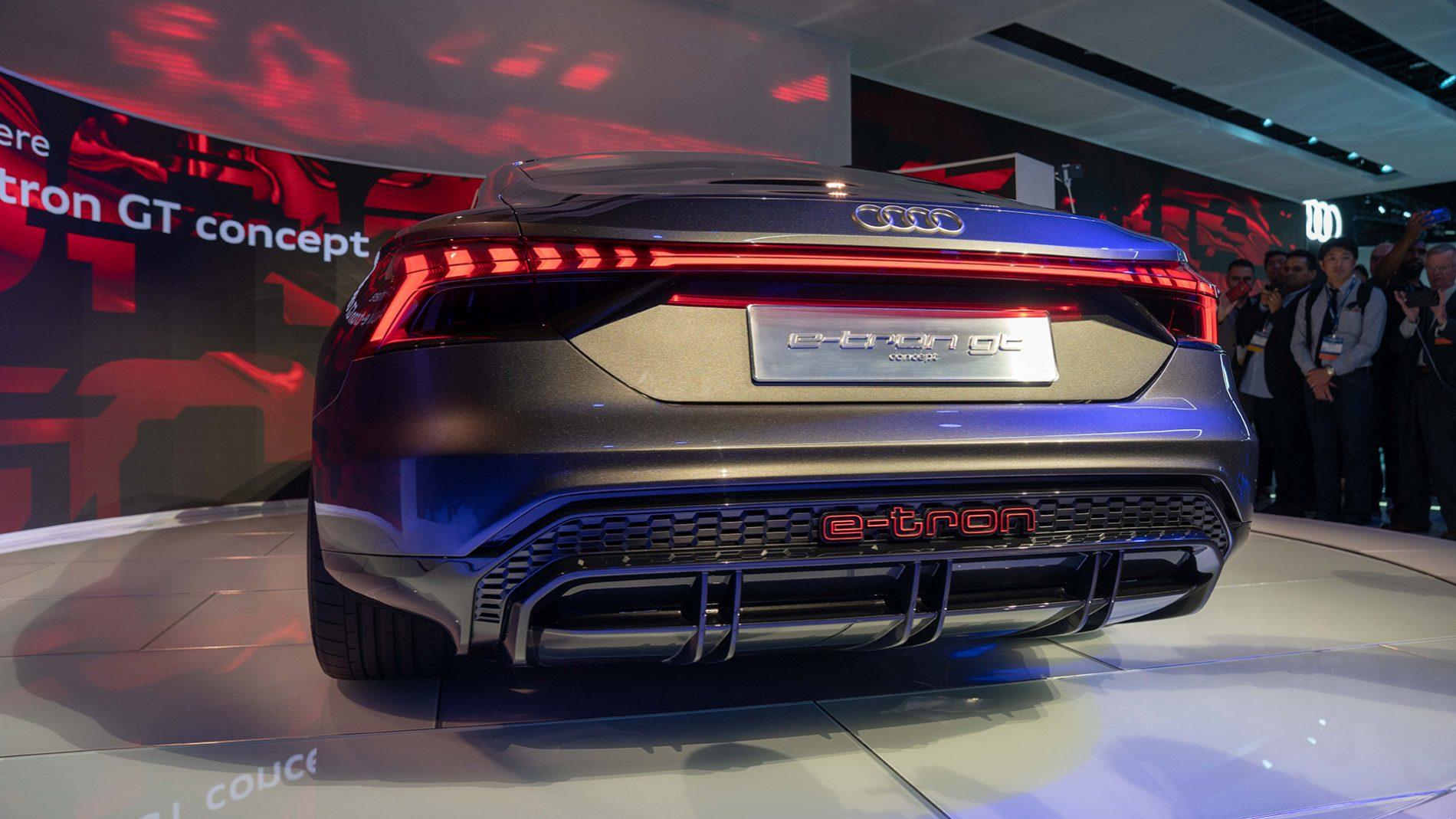 De Eerste Live Foto S Van De Audi E Tron Gt Hartvoorautos Nl