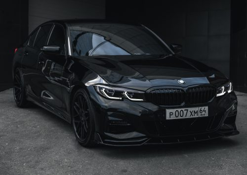 Blacked out BMW 330i (G20) is sexy!